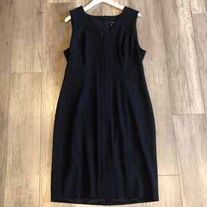 Ann Taylor Blue Sleeveless Mid Length Work Dress